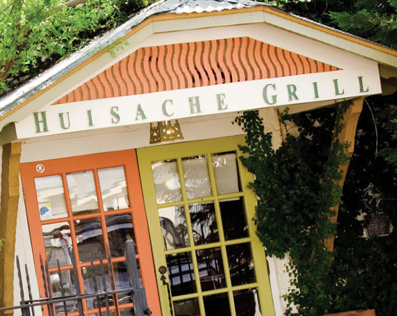 Huisache Grill